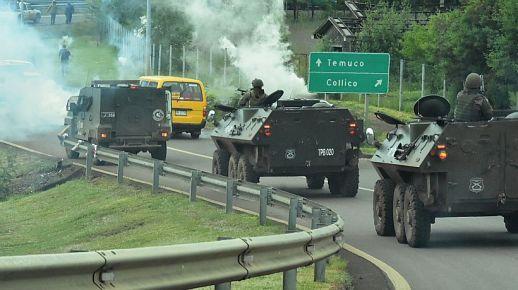 ERCILLA: Trasladan cuerpo de Camilo Catrillanca entre fuerte custodia policial